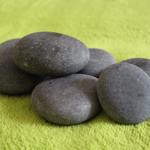 massage_stones_on_towels_thumb